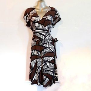 New York & Company Brown White Black Wrap Dress